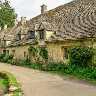 Heart of England: Stratford, Warwick Castle, The Cotswolds and Oxford